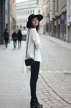 Black Skinnies / European Street