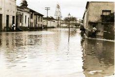 1919 - Grande Enchente - Enchentes do rio Tamanduateí - Rua Tibiriçá, vista…