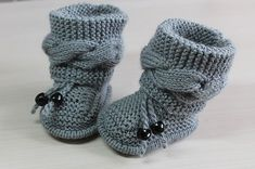 Free Knitting Pattern for Cable Baby Booties - Size: months. Knitting , Free Knitting Pattern for Cable Baby Booties - Size: months. Free Knitting Pattern for Cable Baby Booties - Size: months. Baby Booties Knitting Pattern, Aran Knitting Patterns, Crochet Baby Booties, Free Knitting, Cable Knitting, Baby Boy Knitting Patterns Free, Knit Baby Shoes, Crochet Baby Blanket Beginner, Baby Pullover