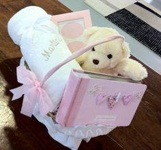 Canastilla Mi Manta Bordada...Un regalo personalizado para el bebé ¡único!