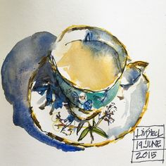 Teacup week has arrived ie. The week of my class on Sketchbook Skool. I am going to drink out of a different cup from my #royalalbert 100 years set each day. Some I haven't sketched much at all. Like this one. I don't know it well not have I worked out the best orientation for the saucer. Even if you are not doing the course would love to see a sketch of your favorite cup or mug!