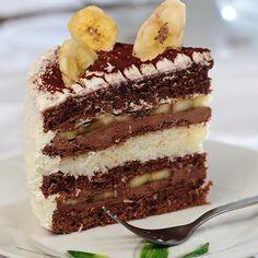 Nagyi Titka -- Kókuszos-banános csokitorta Eastern European Recipes, Hungarian Recipes, Hungarian Food, Banana Coconut, Cake Cookies, Chocolate Cake, Tiramisu, Food And Drink, Fondant