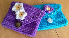 Ravelry: Colorful Coin Purse pattern by Lynne Samaan