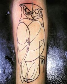 One line drawing owl tattoo ✌