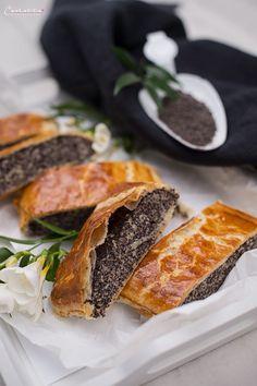 Poppy Seed Recipes, Strudel Recipes, Easy Cake Decorating, Gourmet Desserts, Fabulous Foods, International Recipes, Creative Food, Sweet Recipes, Bakery