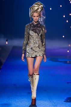 Marc Jacobs Spring 2017 Ready-to-Wear
