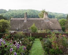charming charming charming + thatched roof. Love.