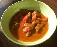 Rezept Paprikagulasch mit Knödeln von Obinchen - Rezept der Kategorie Hauptgerichte mit Fleisch