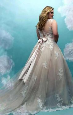 60 Trendy Wedding Dresses Plus Size Curves Allure Bridal Western Wedding Dresses, Bohemian Wedding Dresses, Bridal Dresses, Davids Bridal Gowns, Hippie Dresses, Long Sleeve Wedding, Wedding Dress Sleeves, Tulle Ball Gown, Ball Gowns