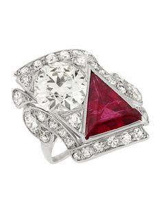 An Art Deco platinum, diamond and synthetic ruby ring, circa Art Deco Schmuck, Bijoux Art Deco, Art Deco Jewelry, Jewelry Design, Antique Jewelry, Vintage Jewelry, Synthetic Ruby, White Gold Jewelry, Silver Engagement Rings