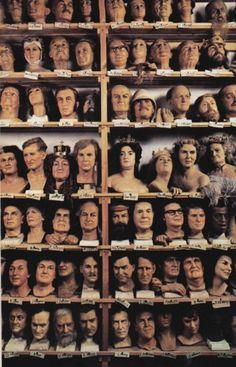 Madame Tussaud's Wax Exhibition heads, October 1979,Marie tussaud,venne arrestata dai rivoluzionari francesi,in compagnia di Giuseppina di Beauharnais attese la morte, Quando ormai le era già stata rasata la testa venne salvata dalla sua arte. Fu infatti adibita all'esecuzione delle maschere di cera dei condannati a morte, alcuni dei quali erano stati suoi amici. Realizzò, fra le altre, le maschere di Maria Antonietta, Marat e Robespierre.