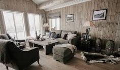 Bilderesultat for hytte interiør Couch, Furniture, Home Decor, Settee, Decoration Home, Sofa, Room Decor, Home Furnishings, Sofas
