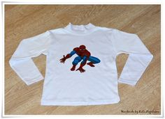 Tricouri pictate pentru copii/ Painted T-Shirts for Kids.