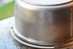 TORT CU MERE SI CREMA DE ZAHAR ARS - Rețete Fel de Fel Garden Pots, Deserts, Tray, Cakes, Food, Desserts, Meal, Essen, Hoods