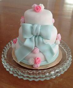 Mini bolo com pasta americana #mini #bolo #pasta #americana