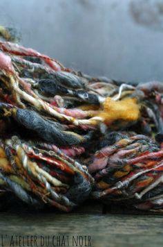 LAtelierduChatNoir handspun yarn