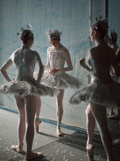 birdasaurus:  National Ballet of Canada's dancers backstage for Nutcracker. Photographed by Bruce Zinger.