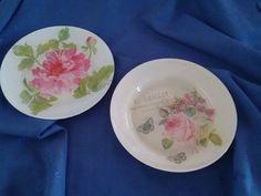 Platos decorados, aptos para utilizar como vajilla