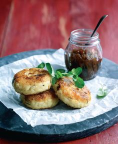 These mushroom and risotto cakes are packed with beautiful earthy flavours with a subtle creaminess from the oozy cheese.