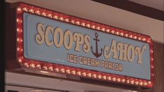 Things aesthetic Stranger Things Season 3 - Scoops Ahoy at the mall food court! Stranger Things Season 3 - Scoops Ahoy at the mall food court! Stranger Things Wall, Stranger Things Season 3, Stranger Things Aesthetic, Bedroom Wall Collage, Photo Wall Collage, Picture Wall, Picture Collages, Collage Pictures, Baskin Robbins