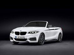 En BMW, la letra M significa alto rendimiento y un atractivo inconfundible de la marca. Por ello, la línea de accesorios originales de BMW M Performance llegan al nuevo BWM Serie 2 Cabrio. Las modificaciones técnicas y de estética se combinan para elevar el placer de la conducción deportiva al máximo nivel. #BMW #BMWM #BMWSerie2Cabrio #Vehinter