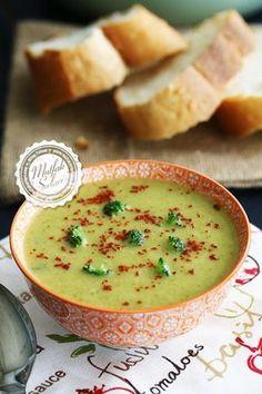 Brokoli Çorbası nasıl yapılır ? Ayrıca size fikir verecek 16 yorum var. Tarifin püf noktaları, binlerce yemek tarifi ve daha fazlası...