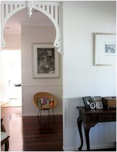 House Tour: Tiel's Breezy Queenslander Home Foyer Staircase, Cottage Renovation, Small Cottages, Timber House, Hallway Decorating, Decorating Ideas, Beautiful Interiors, Beautiful Homes, Dream Decor
