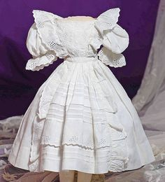 WHITE COTTON DRESS FOR HURET OR SIMILAR POUPEE