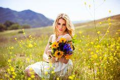 Vana es la hermosura sin dejar de  cuidar tu aparienc ia pero la belleza perdurable la tiene la mujer que teme al señor