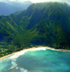she knew that happiness awaited at the foot of the emerald mountains, at the edge of the azure sea...  <3                                 HANALEI BAY~ KAUA'I ~ HAWAI'I ~ USA    aka PARADISE (my own picture from my own  trip to paradise)