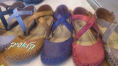 האביב מתחיל בכפות רגליך עכשיו תסתכלי על הנעליים האלו -  קלות, צבעוניות נוחות, מאווררות. נו, האביב, לא מתחיל בכפות רגלייך (-:  ?