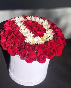 """18 Beğenme, 0 Yorum - Instagram'da Hüseyin (@konyaincicicek): """"İsminize özel çiçekler Ürün kodu : 1407 #kutudagül #kutudaharfgül #kutudagül #kutudaharfçiçek…"""" Flower Letters, Flower Arrangements, Instagram, Flowers, Floral Arrangements, Succulents, Roses, Lyrics, Floral Letters"""