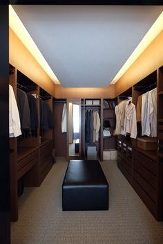 寝室クローク Closet Space, Walk In Closet, Lofts, Indian House Plans, Closet Vanity, Bedroom Closet Design, Indian Homes, Modern House Design, Ideal Home