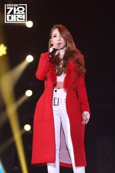 CL of 2NE1 performing at SBS Gayo Daejun 2013 | kpop fashion