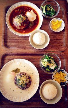 Heya in sinsa-dong, seoul. Hamberg steak; japanese homemade style. Cream and chilly source. Good!!