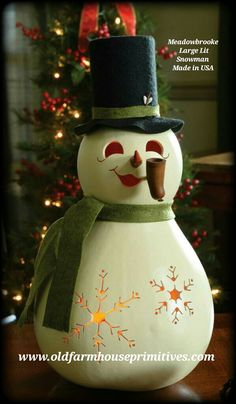 Meadowbrooke Large Lit Gourd Snowman (Made In USA)