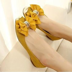 Cute Flat Shoes With Bows