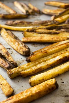 Cajun Oven Fries that are gold and red, just like the Niners team colors!
