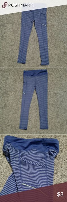 Girls Sz 4/5 Avia purple striped pants These are really cute. Purple with stripes. These are Avia with the little decal on the back. There is a pocket on the right leg on the side of the pants. These are tight on the legs, my granddaughter is very tiny and they were tight on her there is a very tiny bit of stretch around the waist, but it is very little. I did want to mention it. I took a picture of the waist, the last picture. These weren't worn very much. These are an XS or a 4/5. Avia…