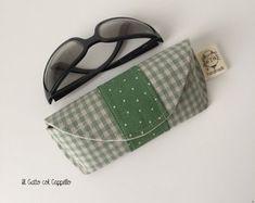 Custodia occhiali, custodia occhiali personalizzata, custodia occhiali in tessuto, custodia occhiali verde, custodia occhiali a pois