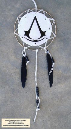 Assassin's Creed Dream Catcher By the creed... by StarsSpikes, $25.00