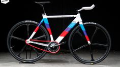 Paint Bike, Bicycle Painting, Custom Bmw, Custom Bikes, Build Your Own Bike, Bmw Dealership, Garage Bike, Retro Bike, Fixed Gear Bicycle