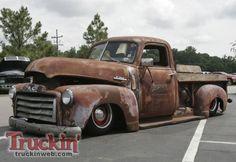 RAT RUSTY TRUCK