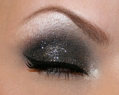 Love this glittery eye makeup... Great for the holidays...