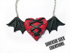 Vampire Corset Heart Pendant made of by SiouxsieSixxCreation, €16.00