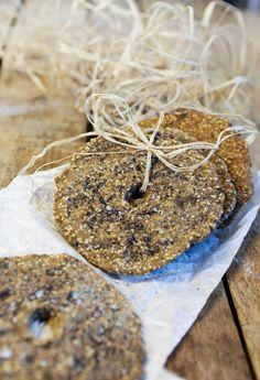 Ruisnäkkileipä siemenillä (vehnätön, hiivaton)