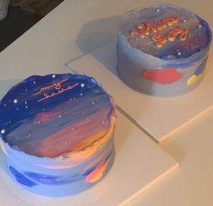 Pretty Birthday Cakes, Pretty Cakes, Cute Desserts, Dessert Recipes, Mini Cakes, Cupcake Cakes, Simple Cake Designs, Galaxy Cake, Pastel Cakes