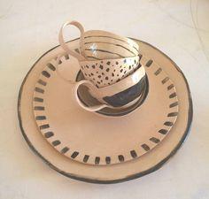 CERAMICS.  Ronel Bakker Keramiek. Hand build dinner ware.