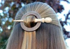 Walnut and Maple Wooden Shawl Pin or Hair Stick Kunsthandwerk 🧶 🧶 Wood Turning Lathe, Wood Turning Projects, Wood Lathe, Woodworking Lathe, Learn Woodworking, Woodworking Projects, Carpentry, Lathe Projects, Wood Projects