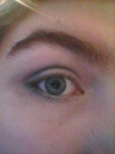 Dark/smokey eye